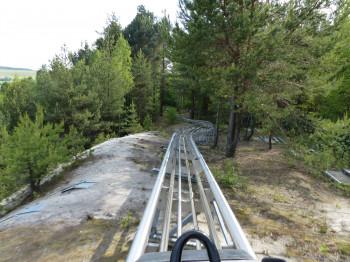 Der Monte Coaster am Monte Kaolino ist eine spektakuläre Sommerrodelbahn.