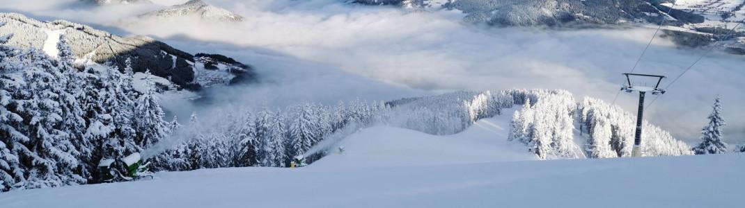 Tief verschneit sind die Berge in Schladming schon im November.