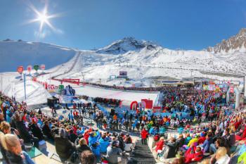 Die Rennen beginnen am Samstag und Sonntag jeweils um 10 Uhr vormittags am Rettenbachgletscher.