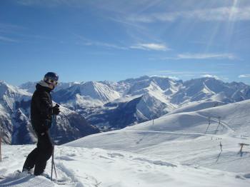 Bis auf 2.500 Meter Höhe führen die Pisten von Luz Ardiden
