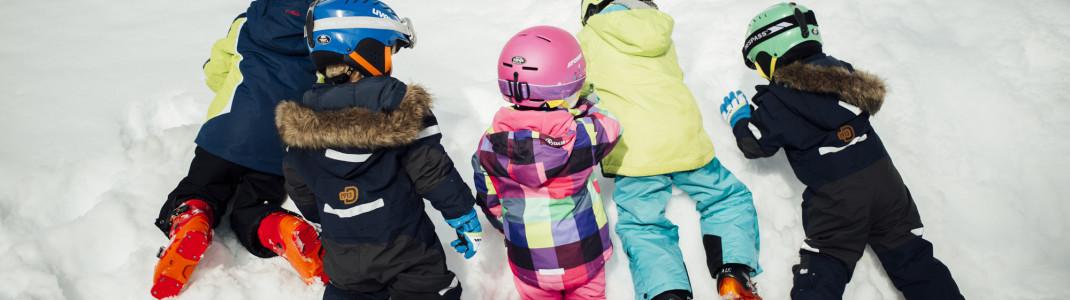 Entspannter Familienskiurlaub ist in Tirol ein Kinderspiel