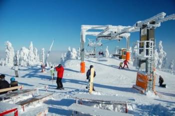 Seit dem Zusammenschluss mit Boží Dar - Neklid ist Klínovec das größte Skizentrum Tschechiens.