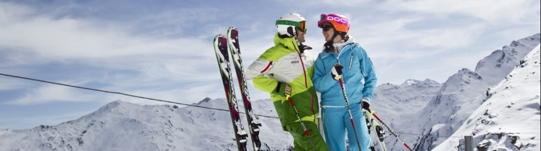 Im Skigebiet Glungezer erwarten dich überwiegend einfache bis mittelschwere Pisten, eine herausfordernde Talabfahrt und der Blick auf die Innsbrucker Bergwelt.