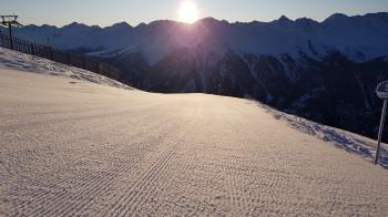 Ein Traum für jeden Skifahrer: Early Bird Skiing in Kappl!