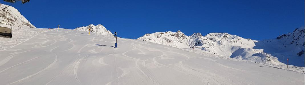 Beim Early Bird Skiing bist du einer der Ersten auf der Piste!