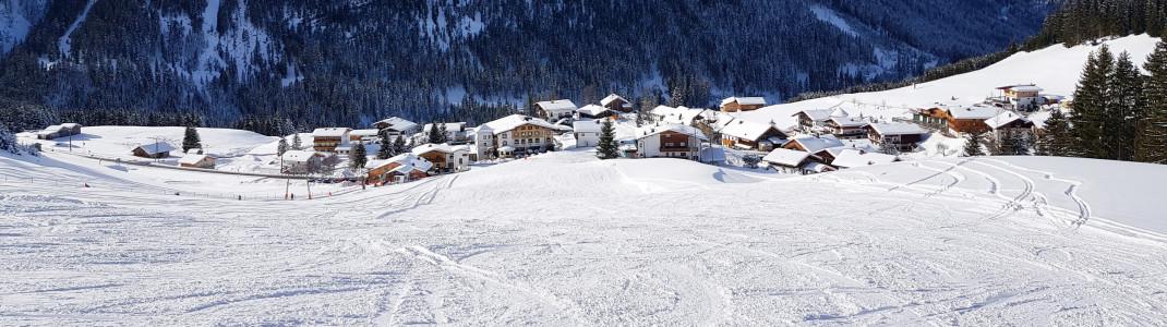 Über die Skischaukel ist Rinnen samt Rinnerlift leicht zu erreichen.