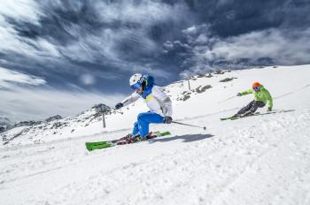 Auch Elan gehört zu den beliebtesten Skimarken.