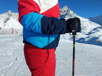 Perfekter 90-Grad-Winkel: In diesem Fall passt die Skistocklänge optimal.