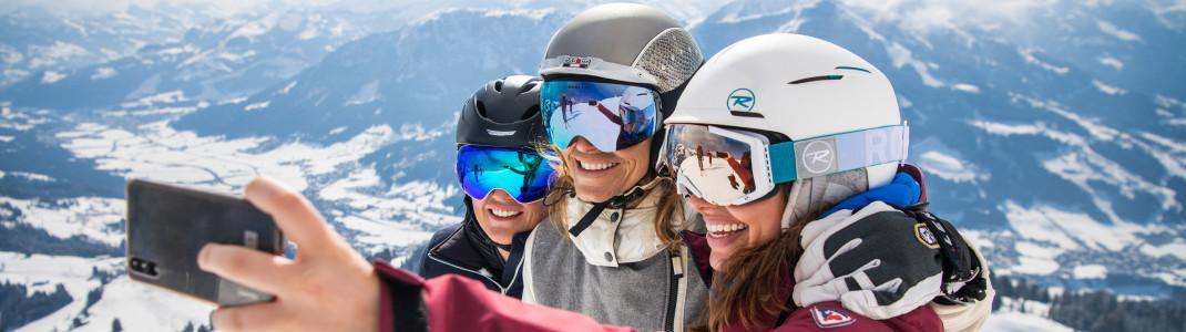 Mit der Snow Card Tirol erwarten dich über 90 Skigebiete mit traumhaften Ausblicken!