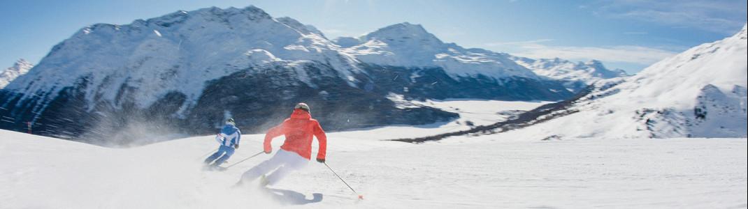 Abwechslungsreiche Pisten und traumhafte Ausblicke erwarten dich in den Skigebieten der Ferienregion Engadin St. Moritz
