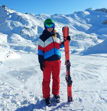 Mit kürzeren Skiern ist die Kurzschwung-Technik einfacher auszuführen.