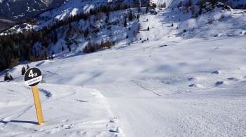 Für schwarze Pisten sollten Skifahrer die Kurzschwung-Technik gut beherrschen.