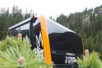"""Die Gondeln der """"3S Eisgratbahn"""" wurden vom italienischen Designstudio """"Pininfarina"""" entworfen."""