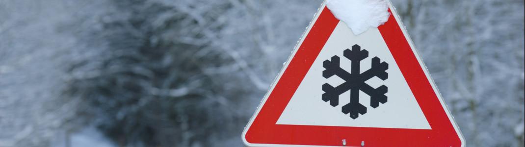 Vorsicht vor Straßenglätte: In höheren Lagen soll am letzten September-Wochenende jede Menge Neuschnee fallen.