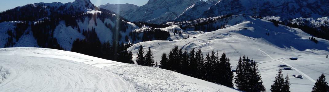 Das Familienskigebiet der Almenwelt Lofer liegt inmitten eines herrlichen Alpenpanoramas