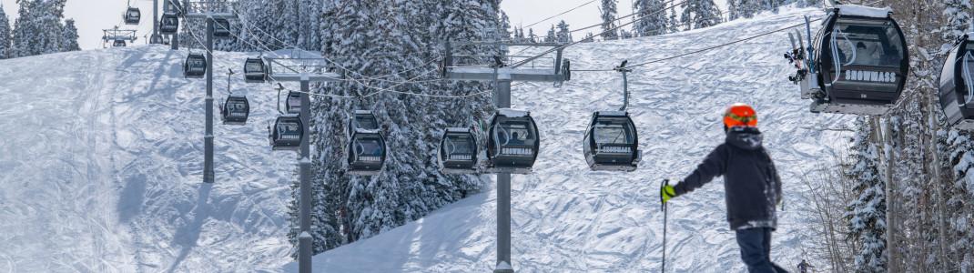Die Elk Camp Gondola bringt die Gäste ins Skigebiet Aspen Snowmass.