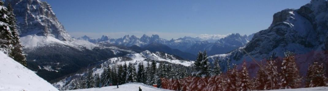 Blaue Abfahrt vom Col Fioret!