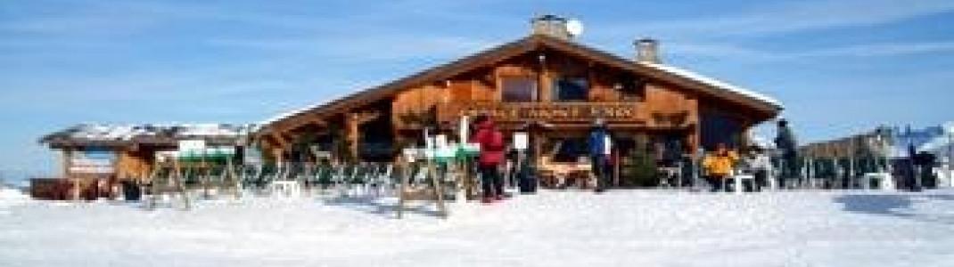 Das sehr schöne Hüttenrestaurant Mont Joux am gleichnamigen Berg bietet das beste Panorama auf den Mont Blanc!