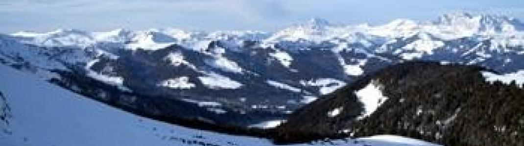 Die Abfahrten vom 2525m hohen Mont Joly!