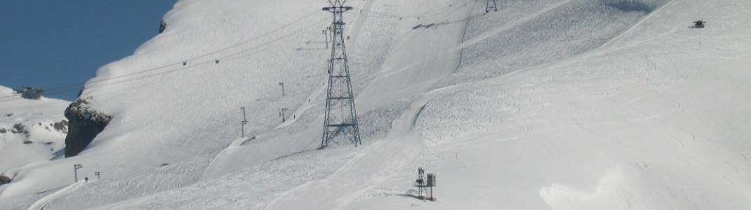 Eine Standseilbahn führt auf den 2543m hohen Bella Lui