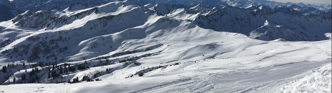 Mit rund 9 Metern Schnee pro Winter gehört Damüls zu den schneereichsten Dörfern der Welt.