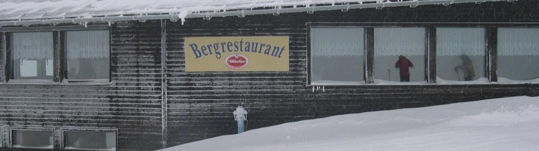 Zum Einkehrschwung lädt das Bergrestaurant, das leckere Wildspezialitäten serviert.