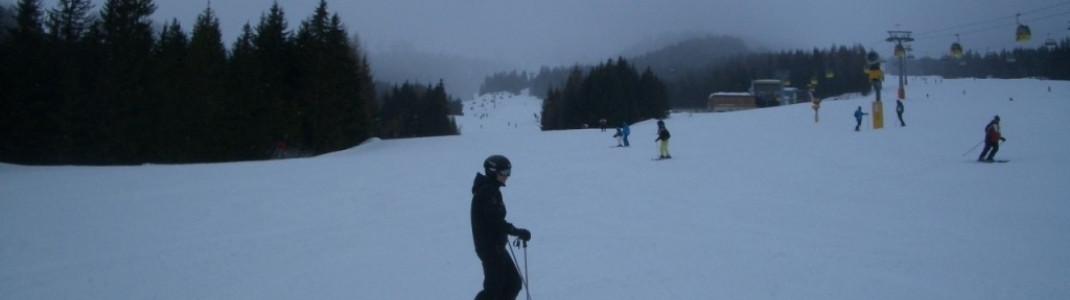 Breite blaue Weltcup-Abfahrt Nr.4