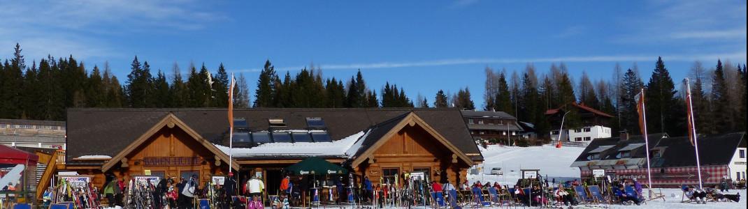 Die Bärenhütte erinnert an eine kanadische Blockhütte