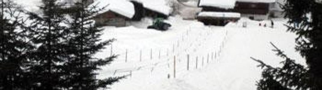 Direkt am Parkplatz und Apres Ski gelegen kann hier das Liften am Anfängelift geübt werden