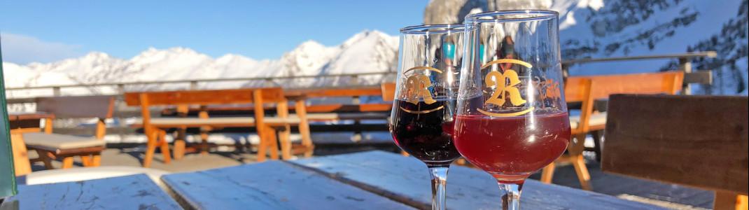 Traumhaftes Panorama und hauseigene Schnäpse auf der Edelweißhütte.