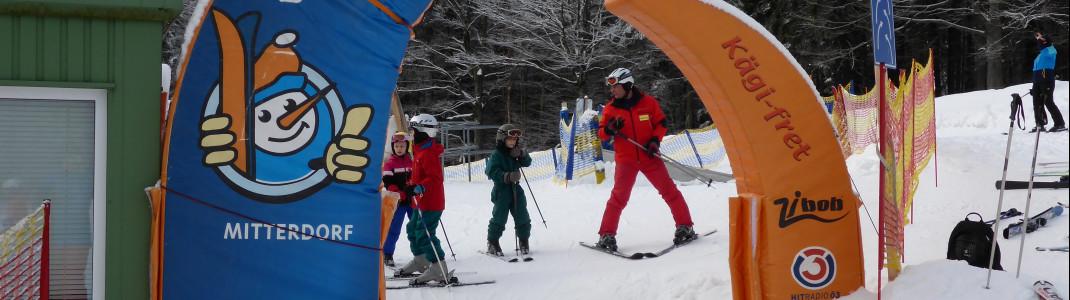 Im Junior Ski Zirkus kommen kleine und große Kinder voll auf Ihre Kosten