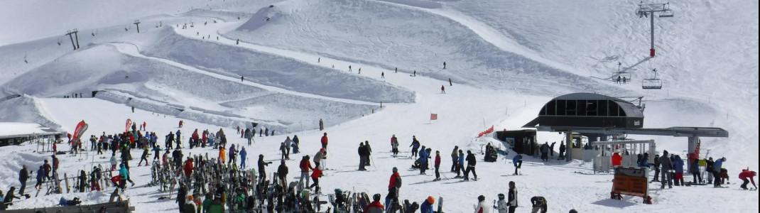 An der Talstation gibt es zwar eine Cafebar, echtes Après-Ski erlebt man hier aber weniger.