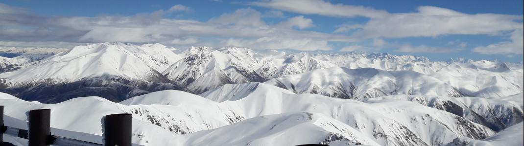 Mit durchschnittlich 4 Metern Schneefall im Jahr gilt der Mt Hutt als schneereichstes Skigebiet in Neuseeland.