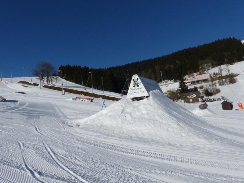 snowparks oberwiesenthal fichtelberg testbericht ber die freestylem glichkeiten funparks. Black Bedroom Furniture Sets. Home Design Ideas
