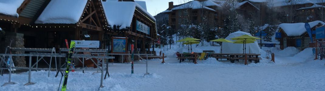 Mit der Buchung einer Übernachtung ist der Skipass günstiger.