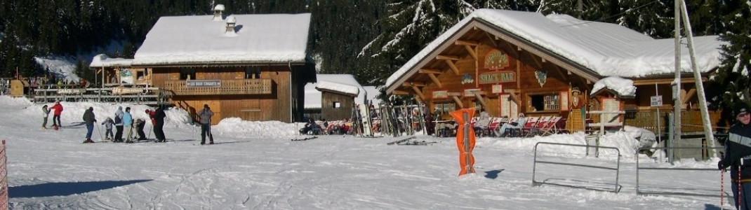 Untypisch für Frankreich: Überall finden sich schöne Après-Ski Hütten (hier zwischen Les Gets und Morzine)!