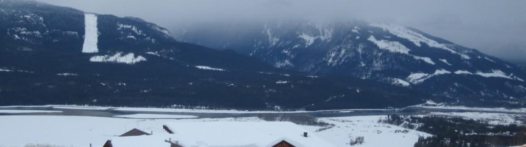 """""""Mid-Mountain Lodge"""" unterhalb der Mittelstation der """"Revelation""""-Gondel!"""