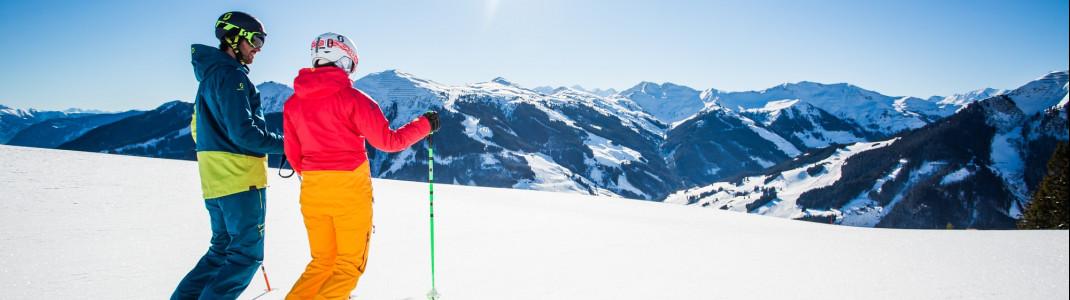 Das Skigebiet gilt als schneesicher, 1000 Beschneiungsanlagen unterstützen dabei.