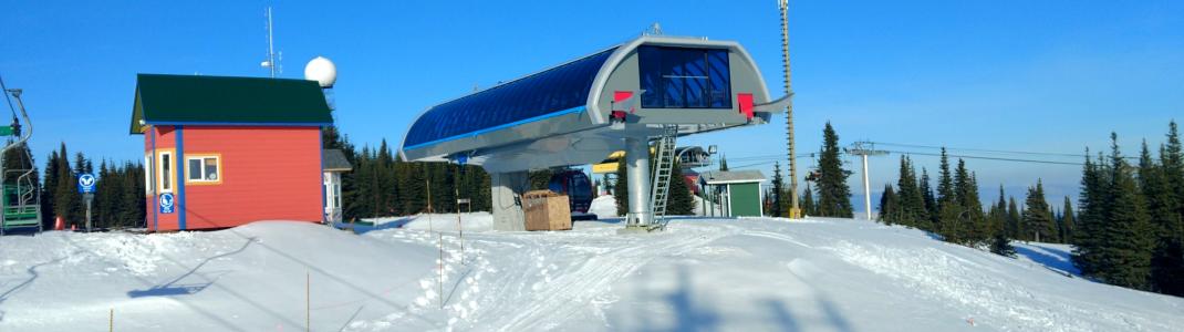 Die Bergstation der neuen Gondelbahn steht schon zur Wachablösung des Comet Express bereit