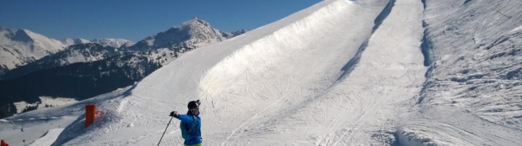 Die Halfpipe am Snowpark Alpbachtal an der Brandegg Abfahrt verspricht viel Spaß!