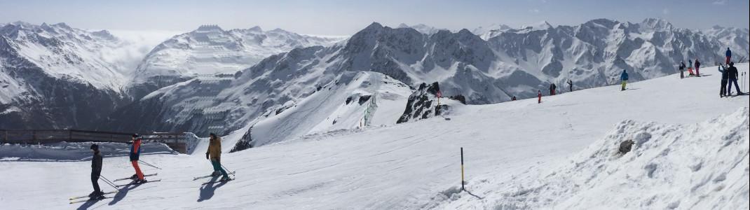 Der Skibetrieb in Sölden startet bereits im September.