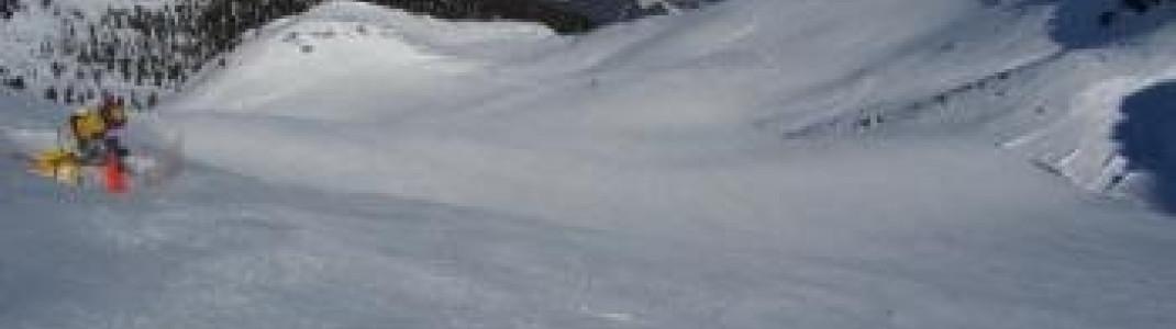 Die schönste Abfahrt des Skigebietes für Könner: Mit dem Lift Sonnklar hinauf auf und genießen!