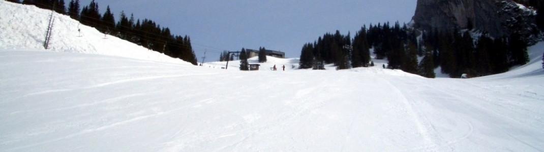 Blaue Abfahrt unterhalb des 1693m hohen Taubenstein!