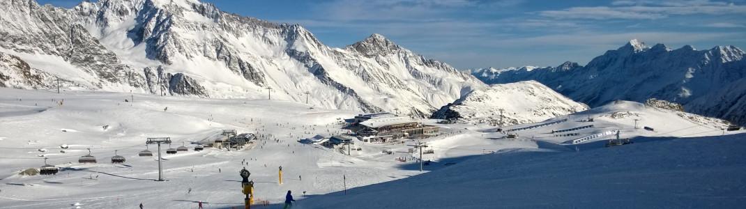 Blick auf die Talstation des Rotadl Lifts und das Restaurant Gamsgarten