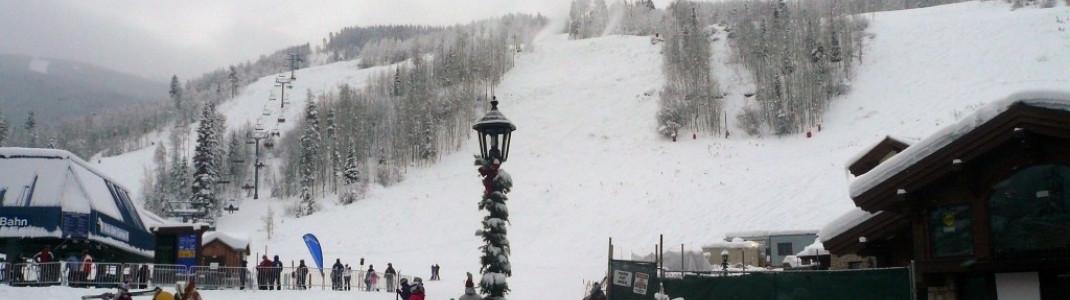 Der Vista Bahn Express bringt die Gäste von Vail Village hoch ins Skigebiet!