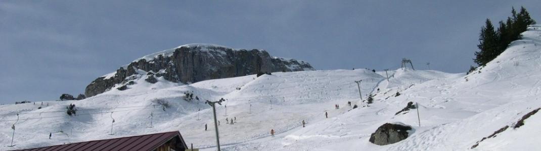 Schlepplift (C) und Blick auf das Hoher Ifen (2228 m) Massiv!