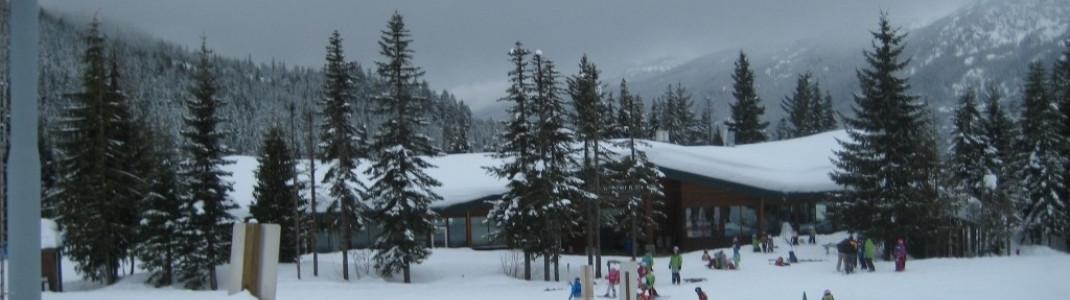 Kidspark an der Mittelsation der Whistler Village Gondola!