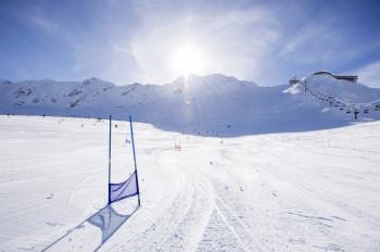 Schnalstal glacier boasts 27 kilometres of slopes.