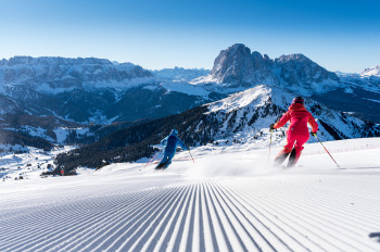 Dreamlike runs and a wonderful Dolomite panorama - that's skiing in Gröden.