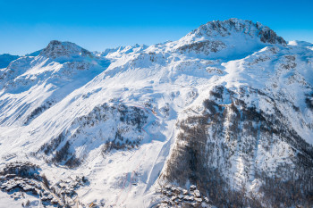 300 kilometers of slopes await guests at Tignes and Val d'Isère.